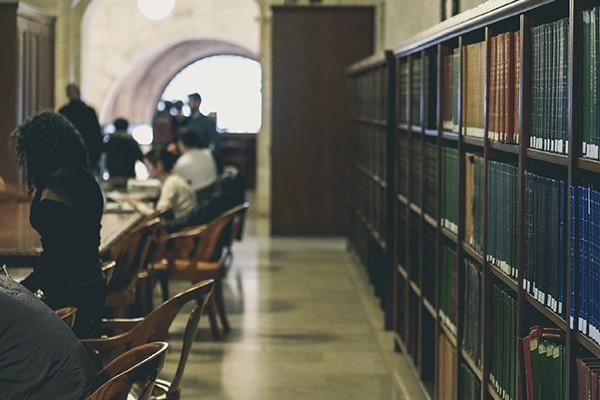 ouderwetse bibliotheek